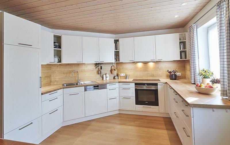Küchenrückwand resopal – Tische für die Küche